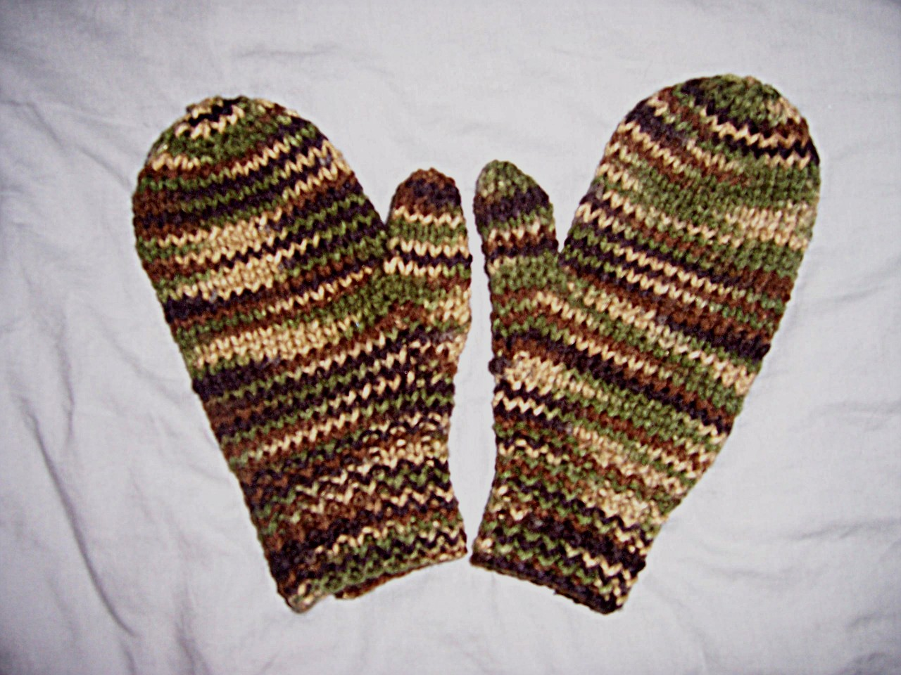 Knitting Pattern For Hunting Mittens : Do You Hear What I Hear?   Blackbird Sycamore